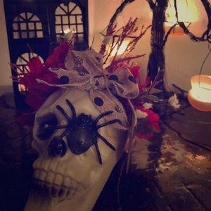 Floral skull arrangement